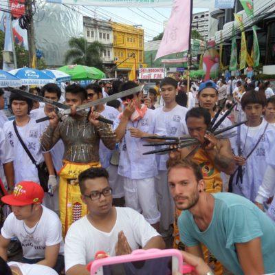 Festival Vegetariano de Phuket: Una experiencia surrealista