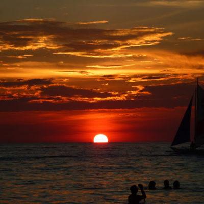 Boracay. La isla paradisíaca más turística de Filipinas. Atardeceres de otro planeta