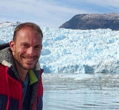 Laguna San Rafael: Navegando hasta el glaciar entre icebergs por los fiordos de la Patagonia Chilena