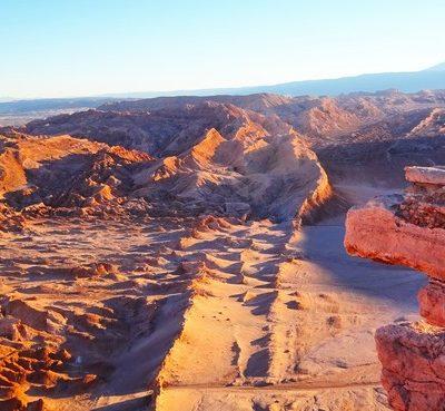 Desierto de Atacama: Paisajes irreales y contrastes de colores en el norte de Chile