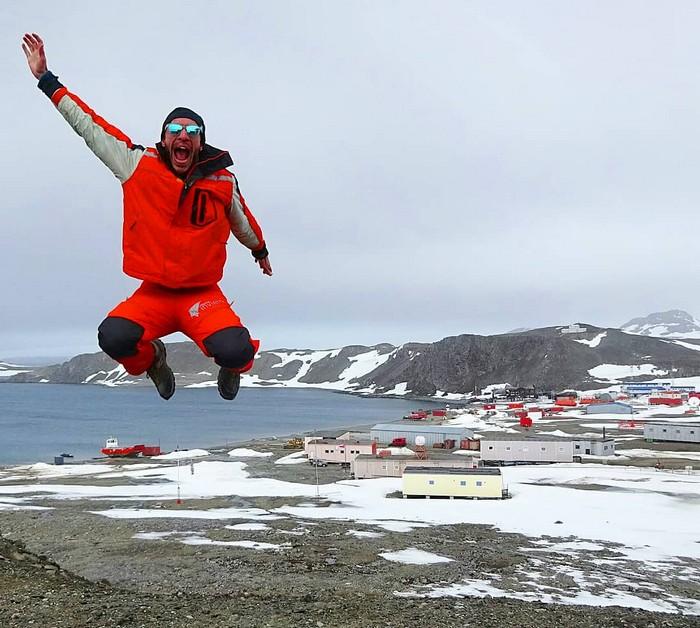 Esta imagen tiene un atributo ALT vacío; su nombre de archivo es antartida-armada-chilena-mi-aventura-viajando-15.jpg
