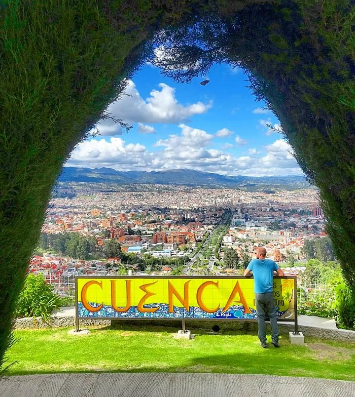 Esta imagen tiene un atributo ALT vacío; su nombre de archivo es quito-guayaquil-cuenca-mi-aventura-viajando-5.jpg