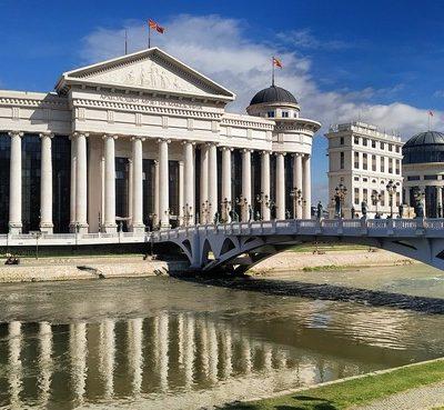 Skopje y el espectacular Cañón de Matka en Macedonia